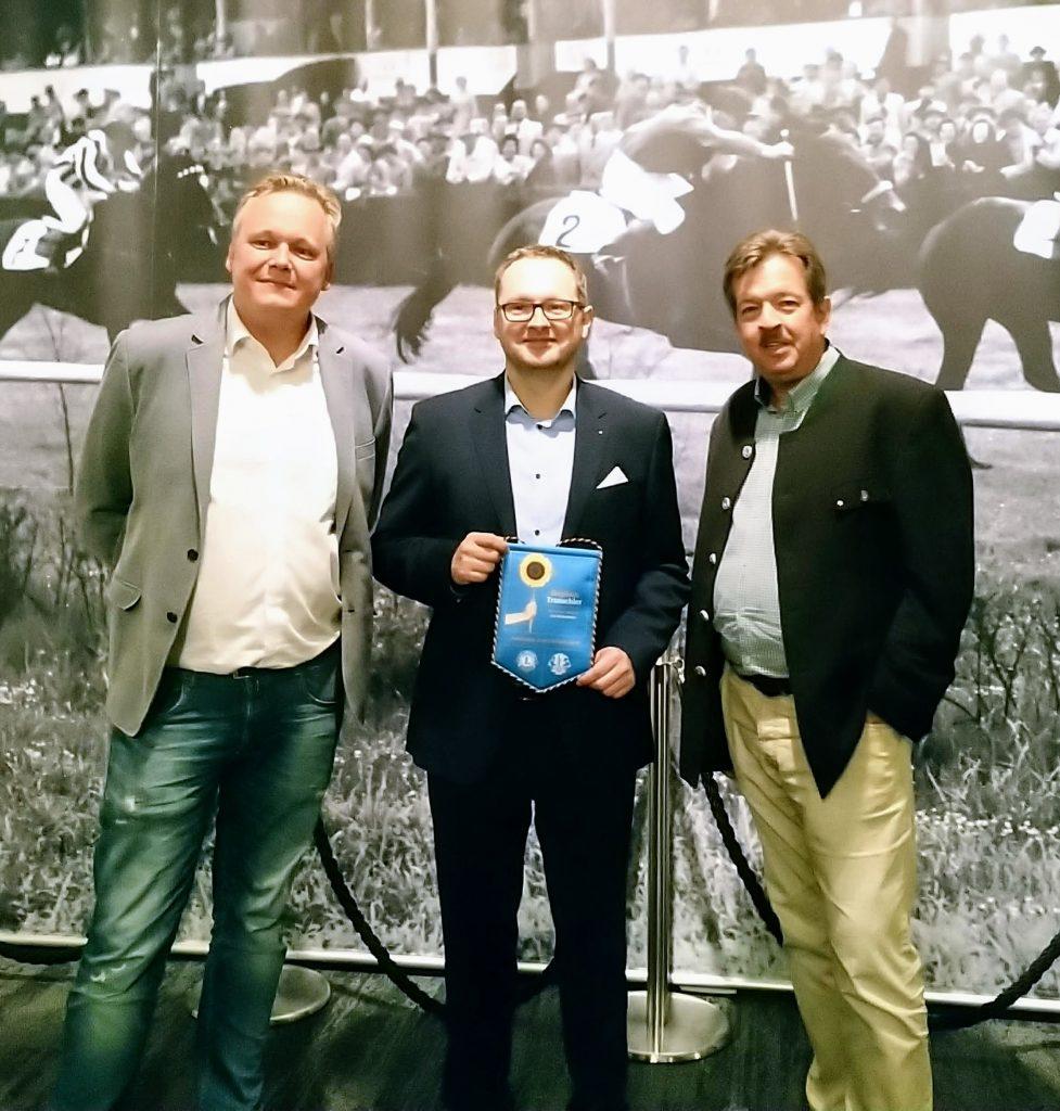 Ämterübergabe bei Lions Dresden New Century mit Albrecht Felgner (Past-Präsident 2019/20), Peter Zimmermann (Präsident 2020/21), Stephan Truschler (Distrikt-Govenour 2020/21), v.l.